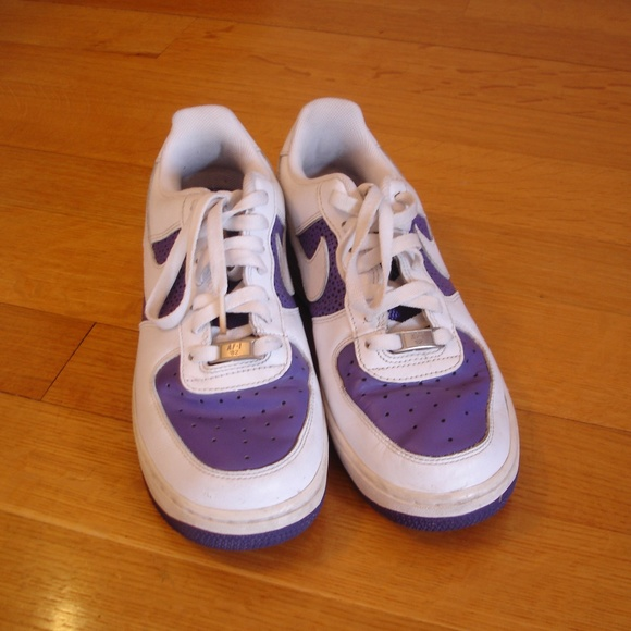 NIKE Air Force 1 '82 Women's 8.5 Leather Purple